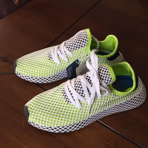 b8e117bc6 Adidas Men s Deerupt Runners NEW